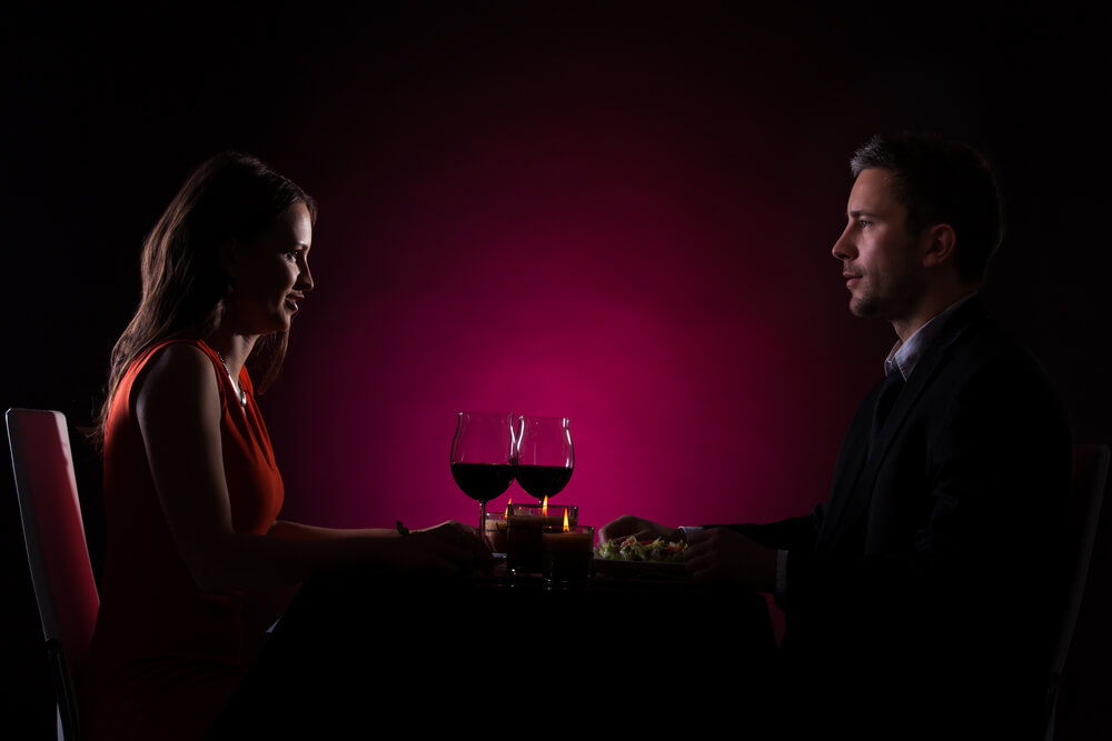 Restaurant im Dunkeln